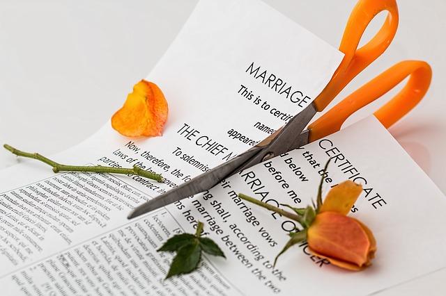 Comment récupérer mon mari qui me trompe avant le divorce.