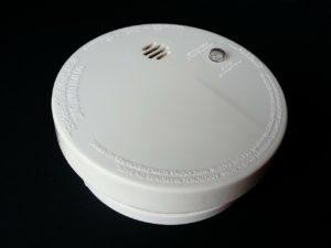 Le détecteur de fumée c'est aussi une alarme.